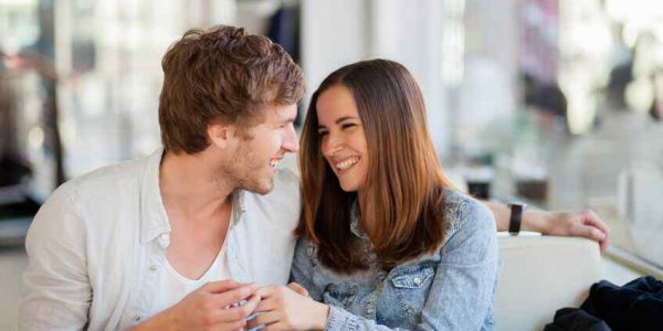 4 Flirting Tips That Attract Men in Just the Right Way