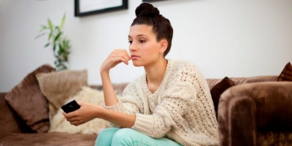 Is He Moving Too Slowly For You? Here's Why Men Hold Back